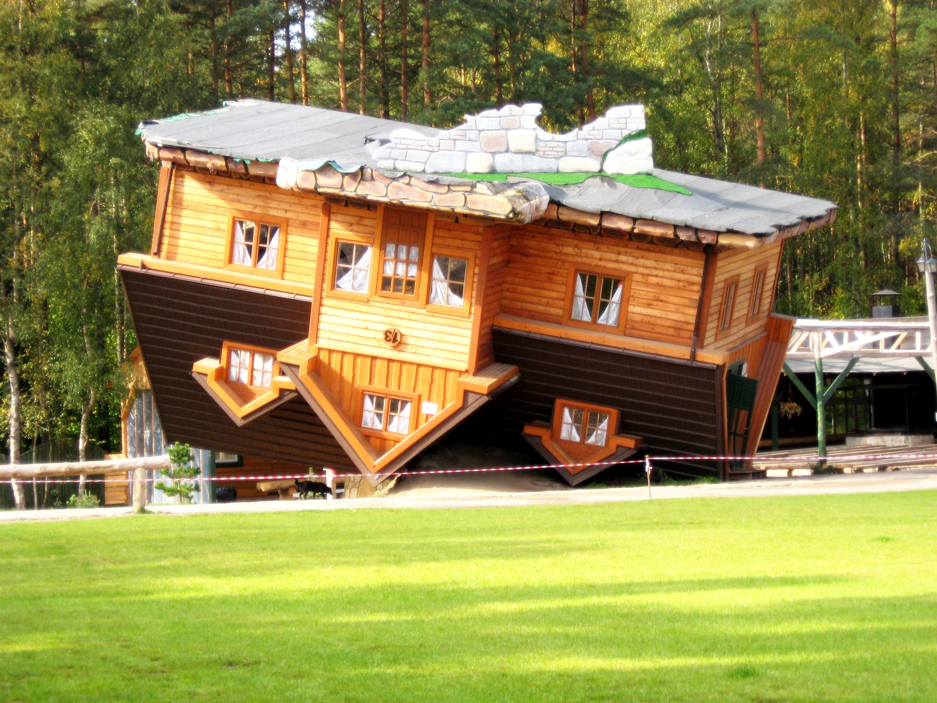 Here are the weirdest and most bizarre buildings in the world!