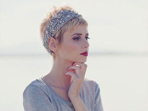 Ultru-short-hairstyles-for-women-3.jpg (500×375