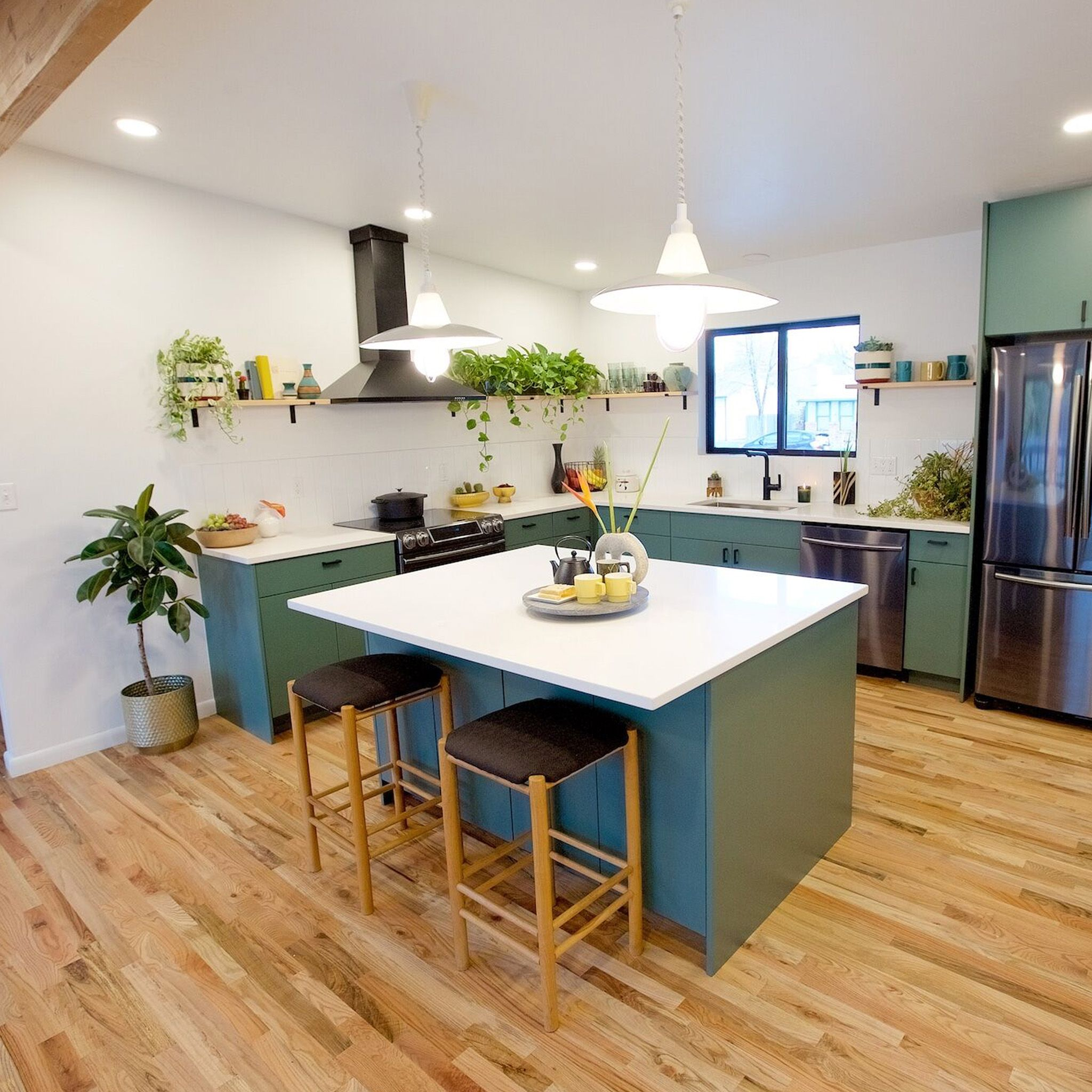 Timber And Love Design And Build Season Two S02 E05 The Circle House Circle House Green Kitchen House