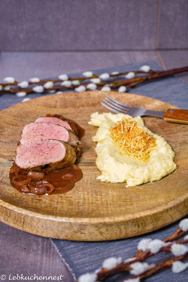 Getrüffeltes Pastinakenpüree mit Pastinakenstroh & Schweinefilet in Madeirasauce – Foodblogger Saisonkalender | Lebkuchennest