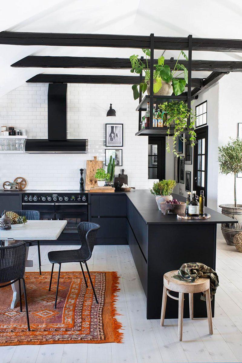 Mansardnaya Kvartira S Tvorcheskim Duhom V Stokgolme Foto Idei Dizajn Home Decor Farmhouse Style Kitchen Kitchen Style