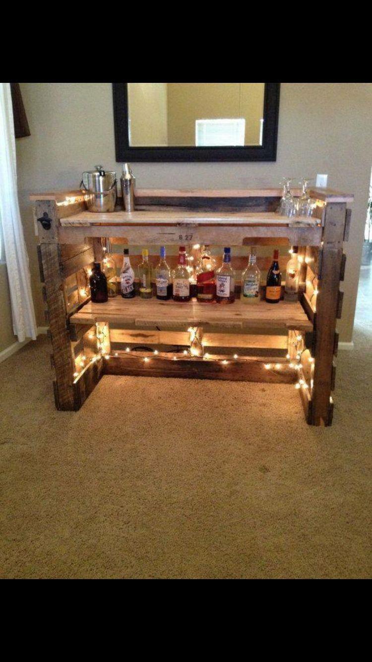 Licorera home pinterest muebles tarimas y for Casa con muebles transformables