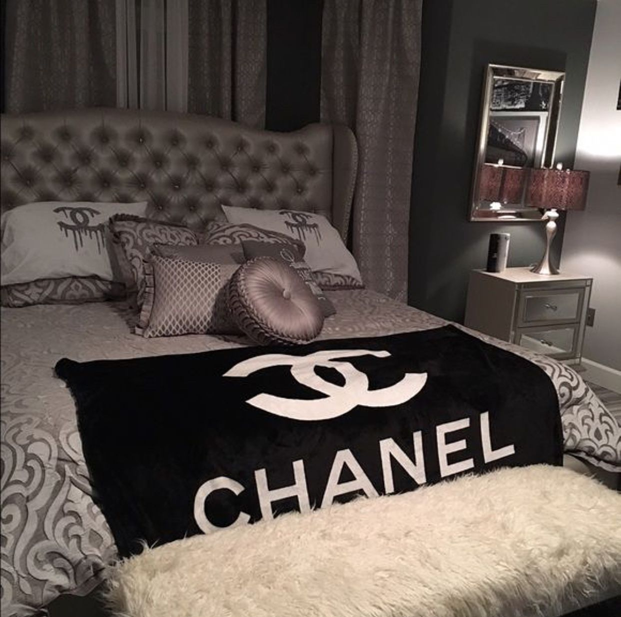 Copripiumino Chanel.Pin Di Julia Zoe Su Room Con Immagini