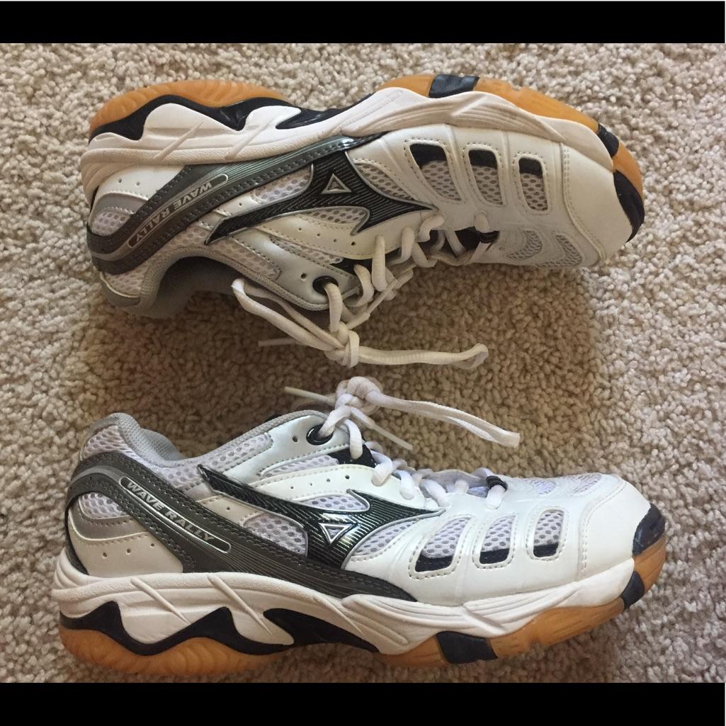 Womens Volleyball Shoes | Nike, Mizuno, adidas | Hibbett