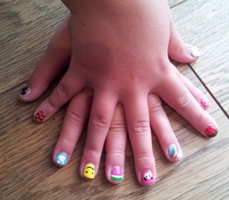 Simple and cute nail art for kids for more designs just visit  http://nailartpatterns.com/nail-art-for-kids/ - Simple And Cute Nail Art For Kids For More Designs Just Visit Http