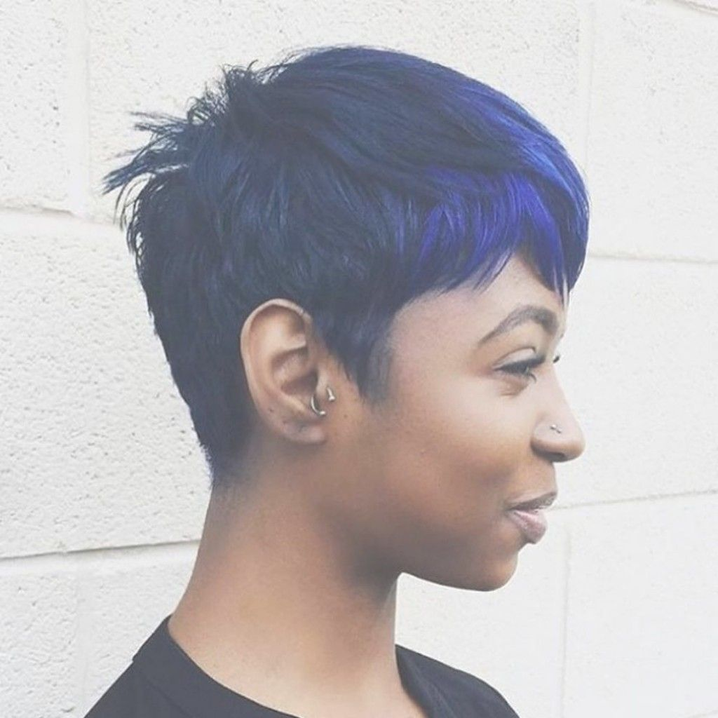 Creative Short Hair With Blue Highlights For Women Hair in