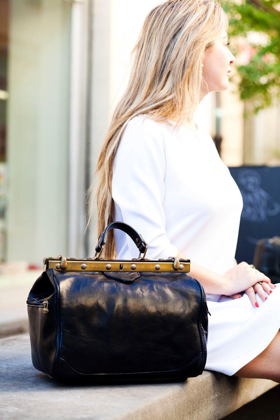 Ladies leather handbag black doctor bag handheld shoulder bag black ... 2fbc531b065d