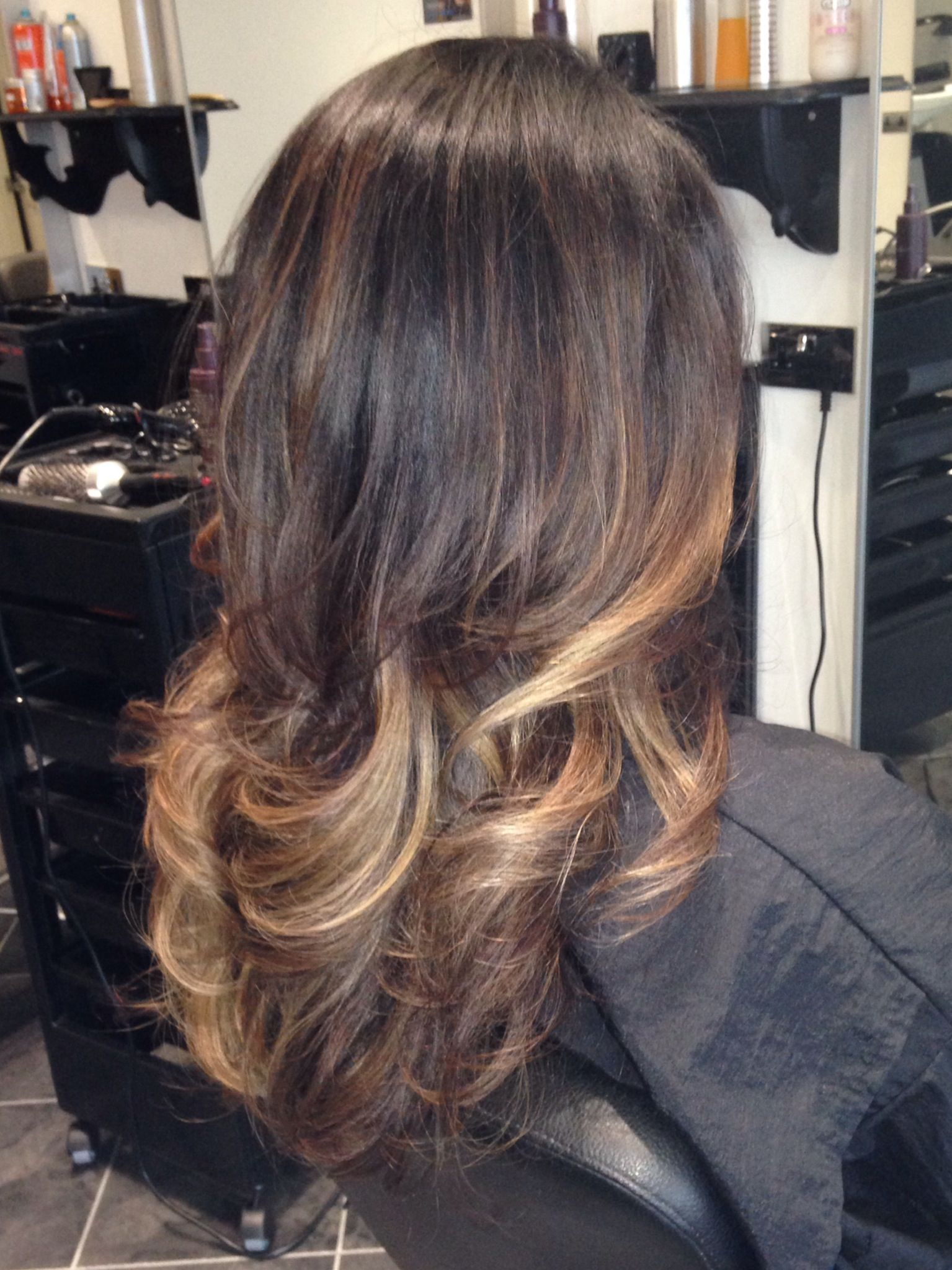 Bayalage high lights with bouncy blow dry