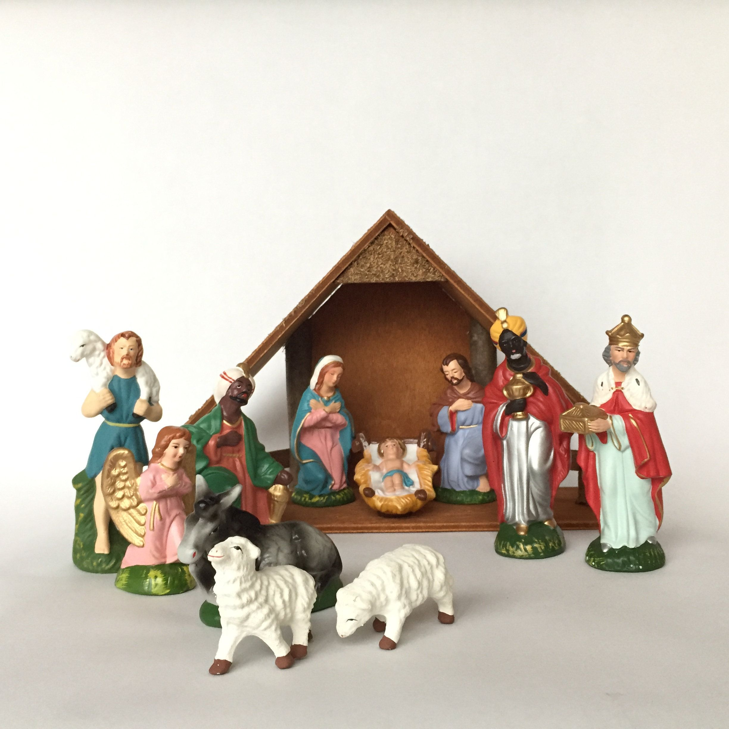 12 Piece Nativity Set Wales Japan Vintage Hand Painted Nativity Christmas Decorations Figur Vintage Christmas Decorations Nativity Set Vintage Christmas Lights
