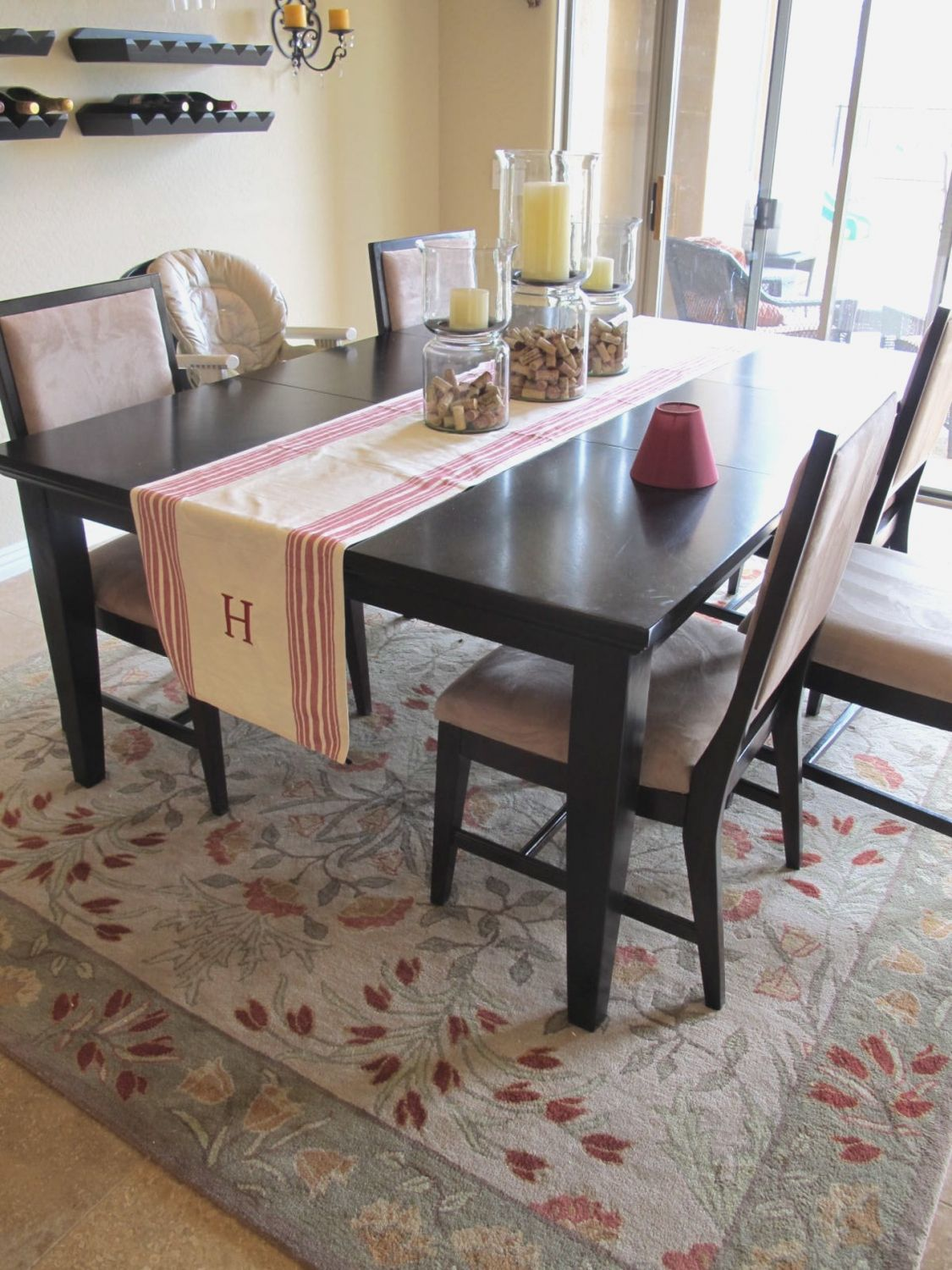 Rugs under kitchen table rustic kitchen lighting ideas check more at http www entropiads com rugs under kitchen table