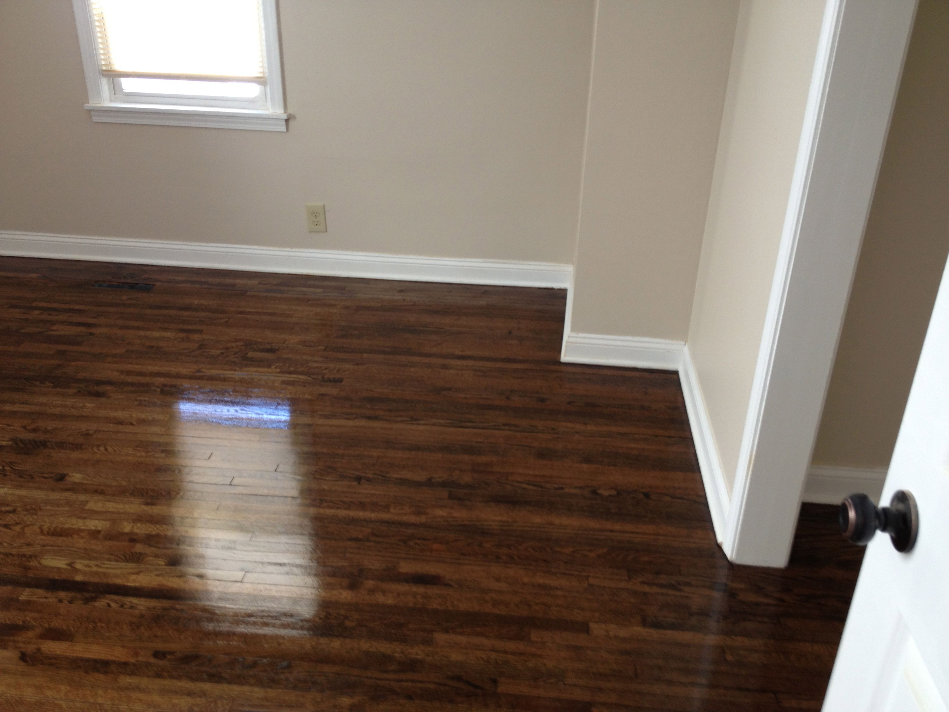 Oak wood floor stain colors red oak in hopkins white oak for Staining hardwood floors