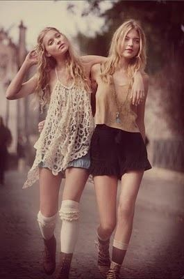 idea for photoshoot...sisters walking down the street