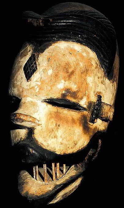 AFRICAN TRIBAL ART OGONI ANTIQUE WOOD MASK DAVID HOWARD TRIBAL ART AFRICAN TRIBAL ART OGONI ANTIQUE WOOD MASK