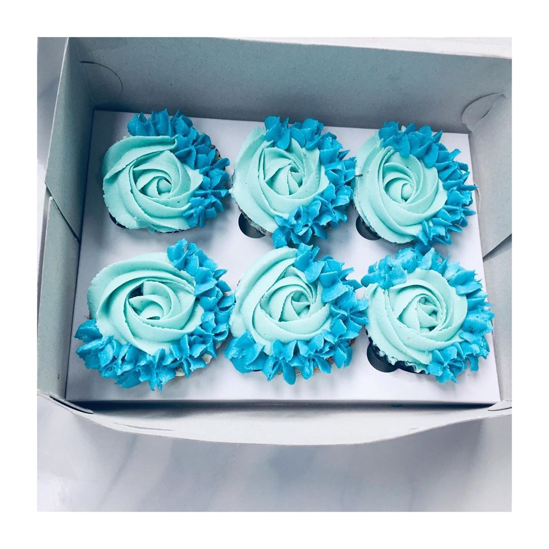 Shades of blue cuppies🧁 CUPCAKES GIFT BOX .