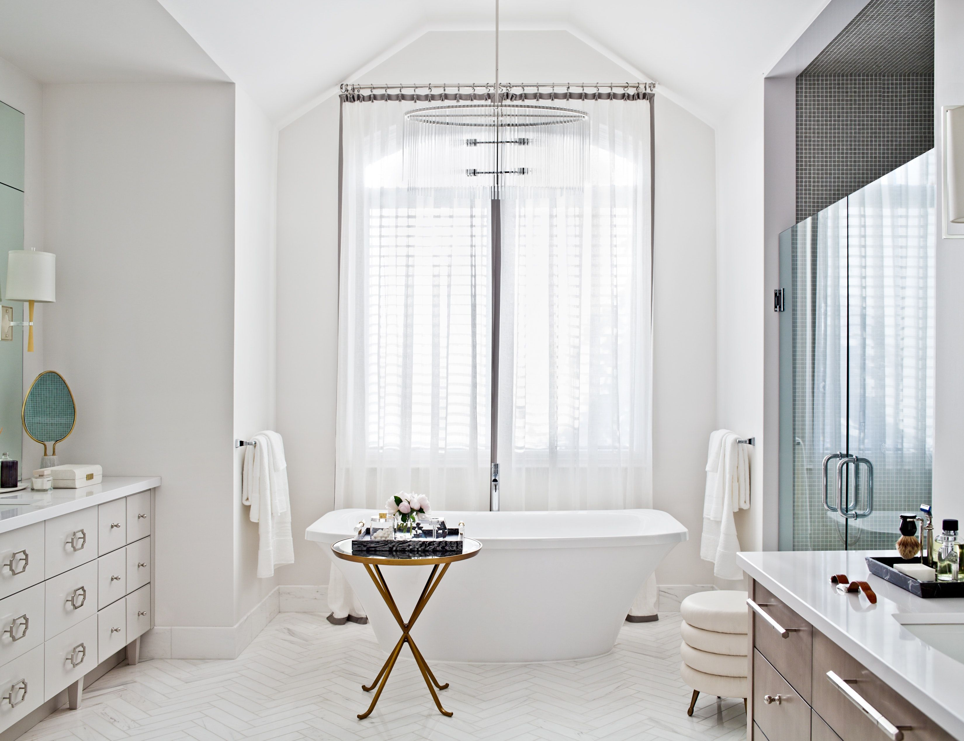 View a Elizabeth Metcalfe Interiors & Design Inc.\'s caption on ...