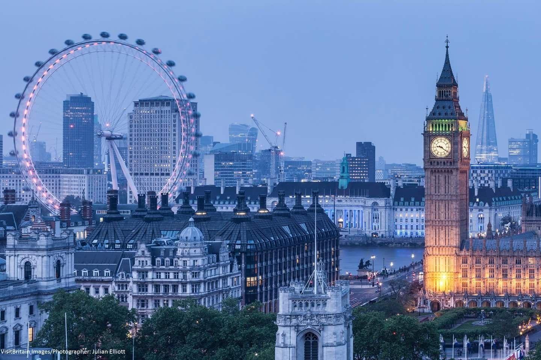 Pin De Summer Dawn Barker Em London Big Ben Ceu De Londres Skylines Da Cidade