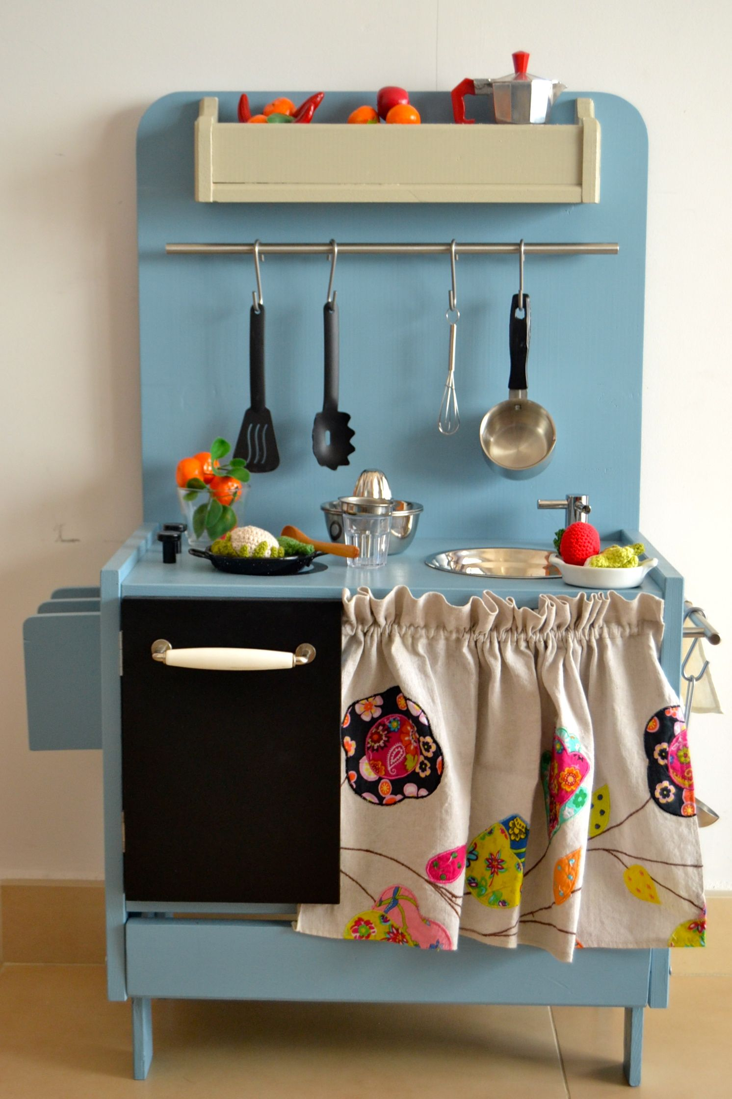 Wooden play kitchen | Emily\'s Play Kitchen | Pinterest | Wooden play ...