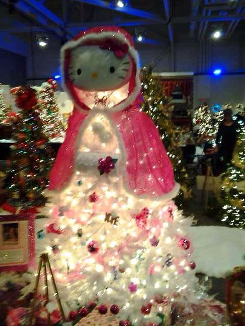 hello kitty christmas tree pink  Hello Kitty Love   Pinterest