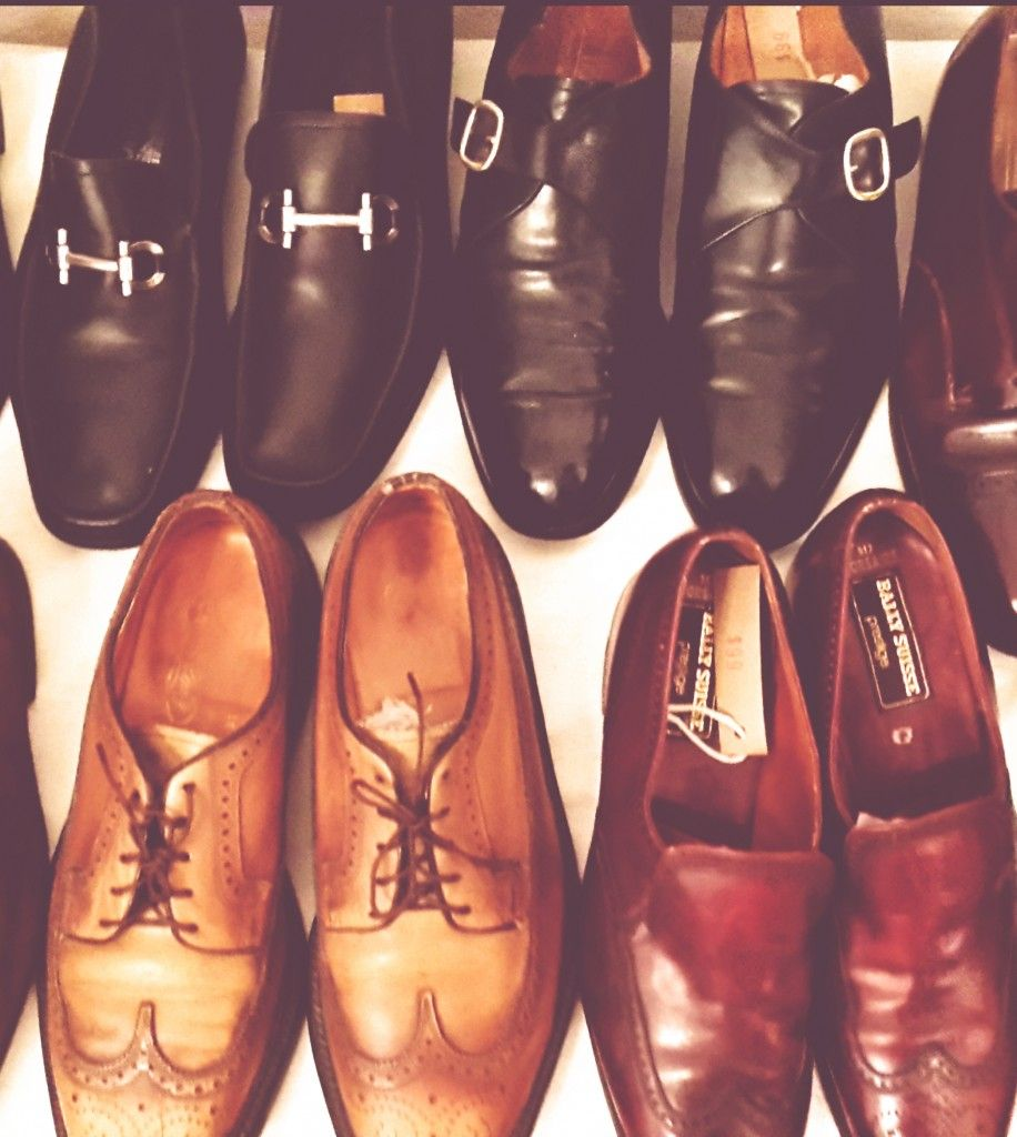 A perfectly curated vintage footwear. Love it!