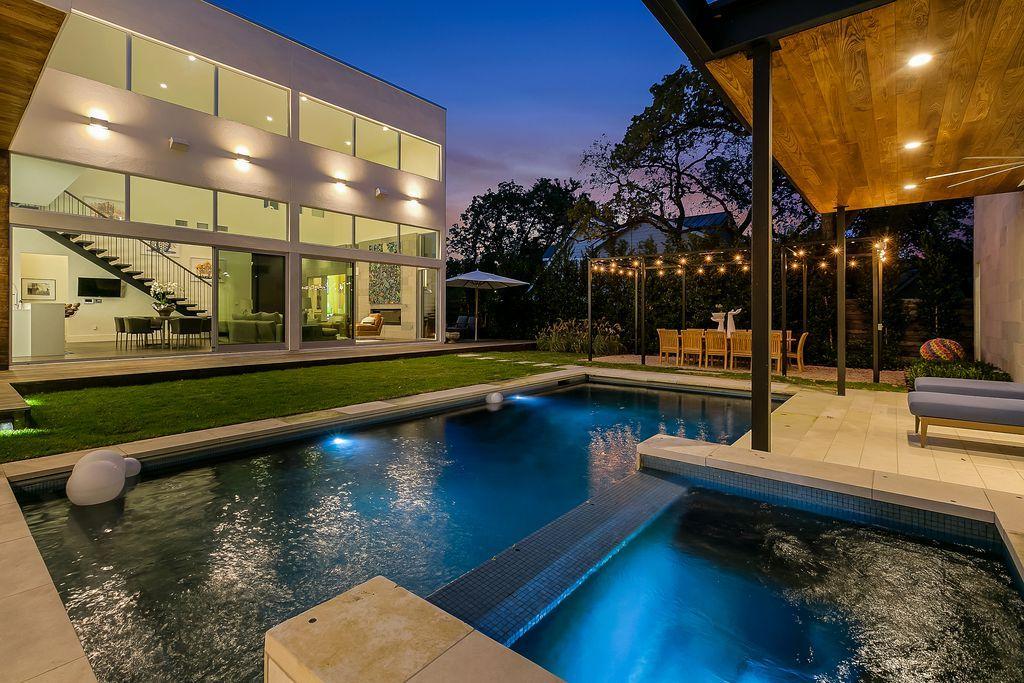 13 Meriden Pools For Sale