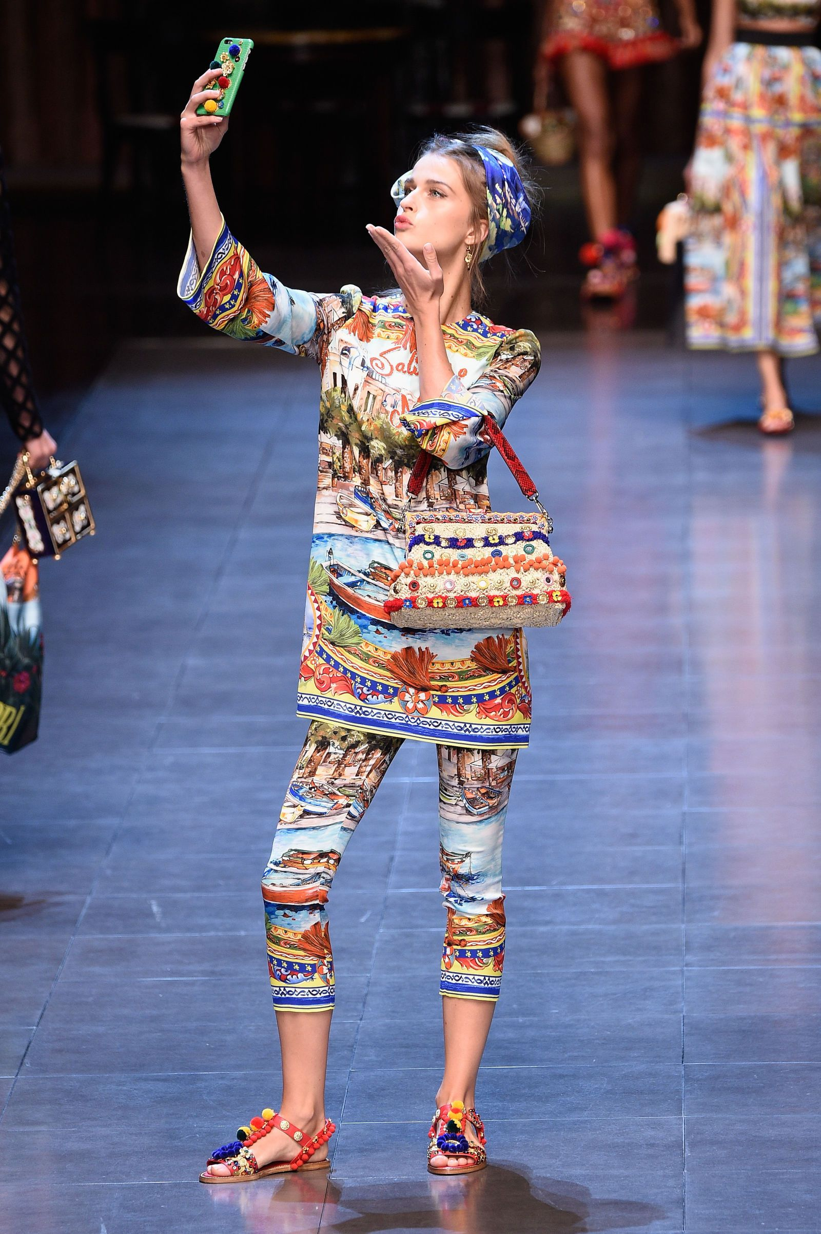 The Funniest Selfies at the Dolce Gabbana Fashion Show