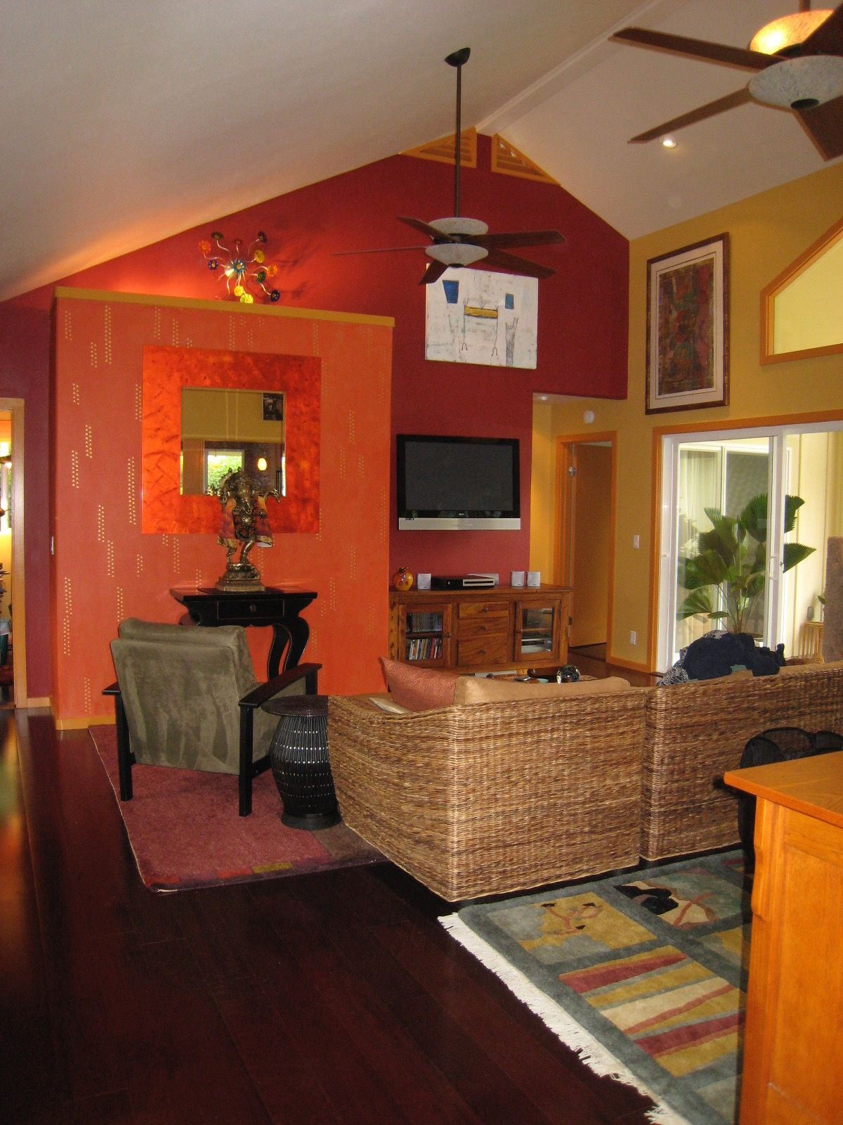 Long Shot Living Room Kauai