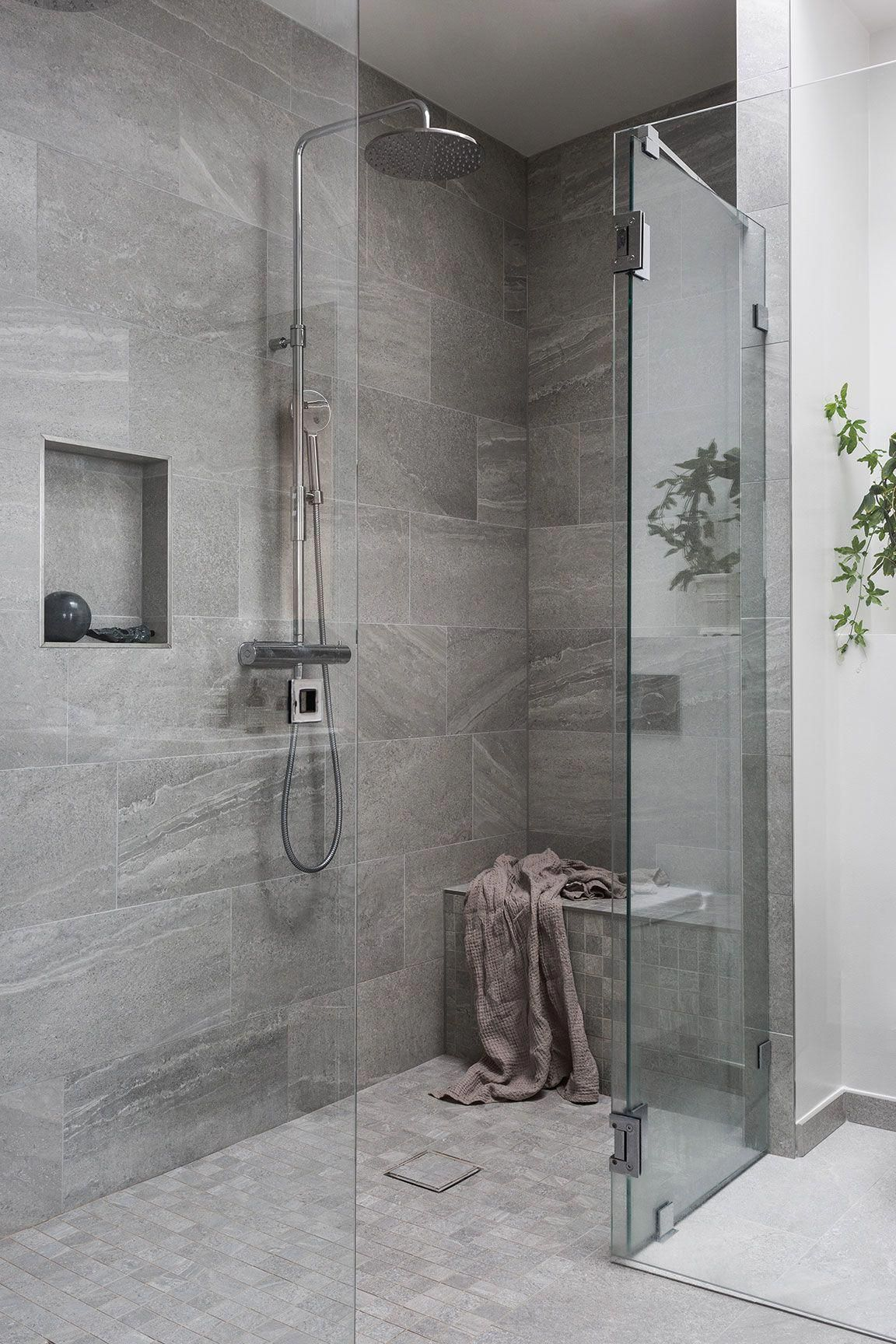 Photo of When it involves tiling your bathroom, there are numerous options and techniques…