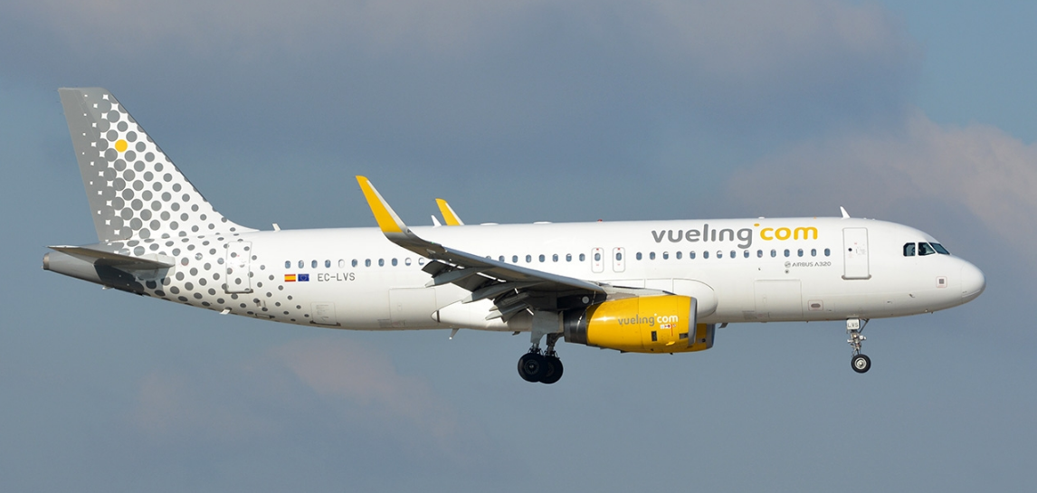 Vueling Airlines Airbus A320 232 Biman Aircraft
