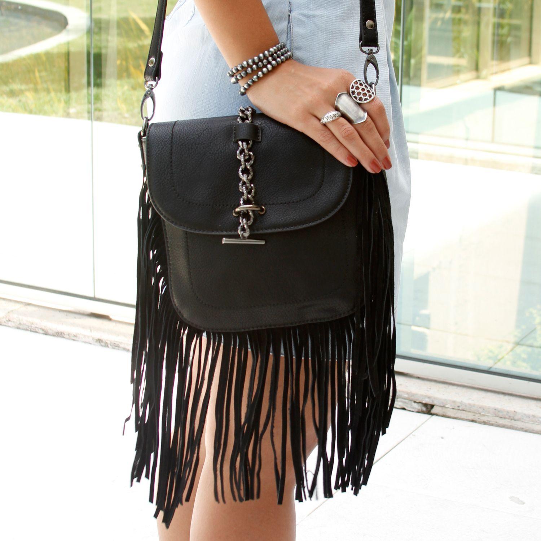Bolsa Modern Folk neo preta - para arrasar no look! ✩ Combine com um mix de anéis e kit de pulseiras!