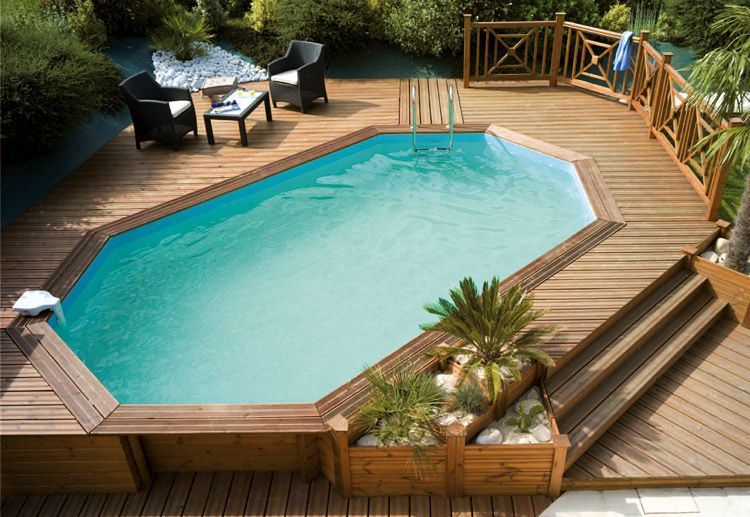Piscine en bois avec terrasse piscine pinterest for Piscine en teck semi enterree