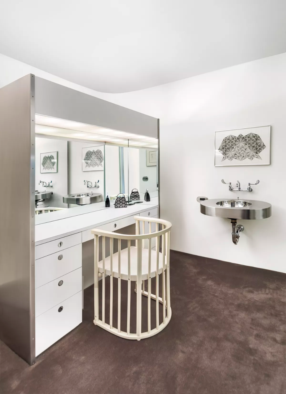 Modernist Fifth Avenue time capsule designed by Ward