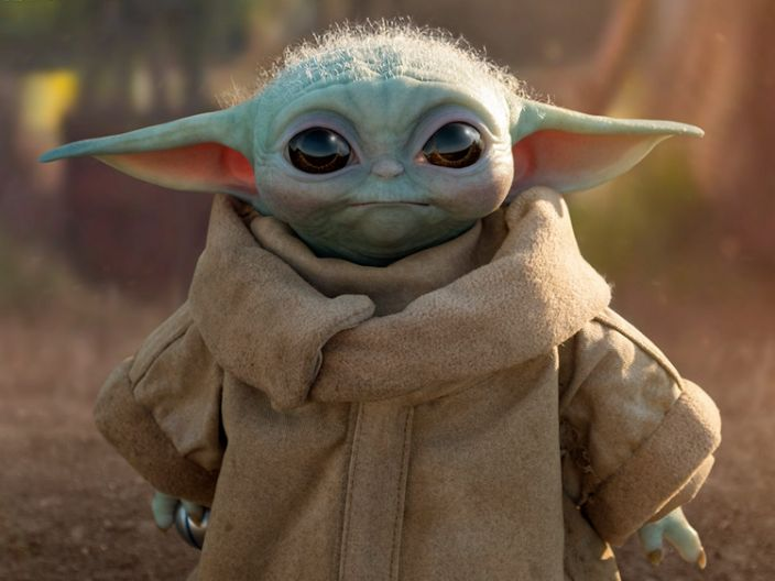 Intense Demand For A Lifelike 350 Baby Yoda Replica Crashed Its Seller S Website Upon Its Debut Yoda Images Yoda Meme Yoda Pictures