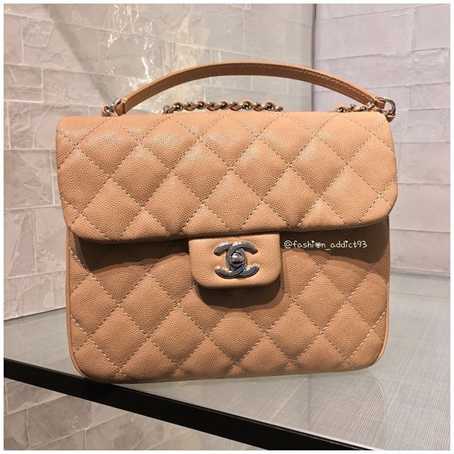 09ac1bc76b76 Chanel Urban Companion | My Style | Chanel, Bags, Louis vuitton ...