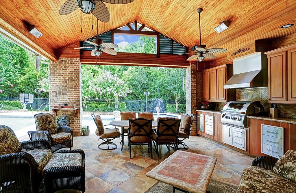 4503 Summits Edge Ln Stunning Covered Outdoor Kitchen Features Vaulted Wood Ceilin Outdoor Kitchen Design Outdoor Kitchen Countertops Covered Outdoor Kitchens