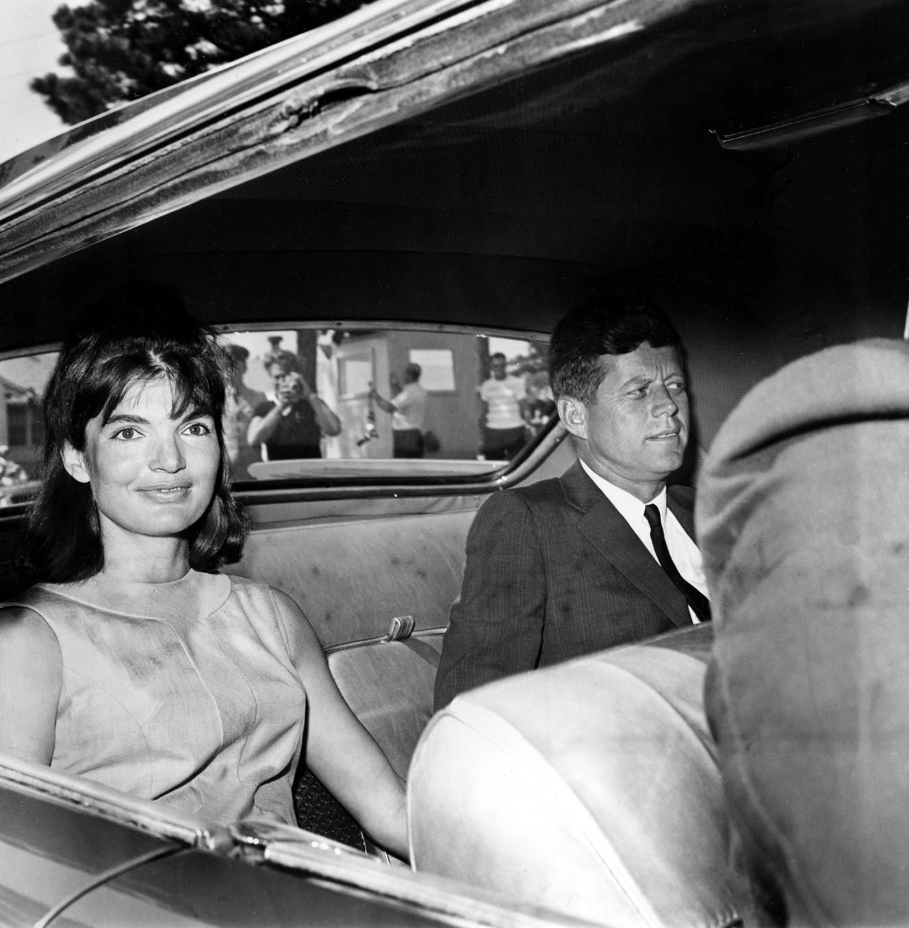 Jacqueline kennedy miscarriage