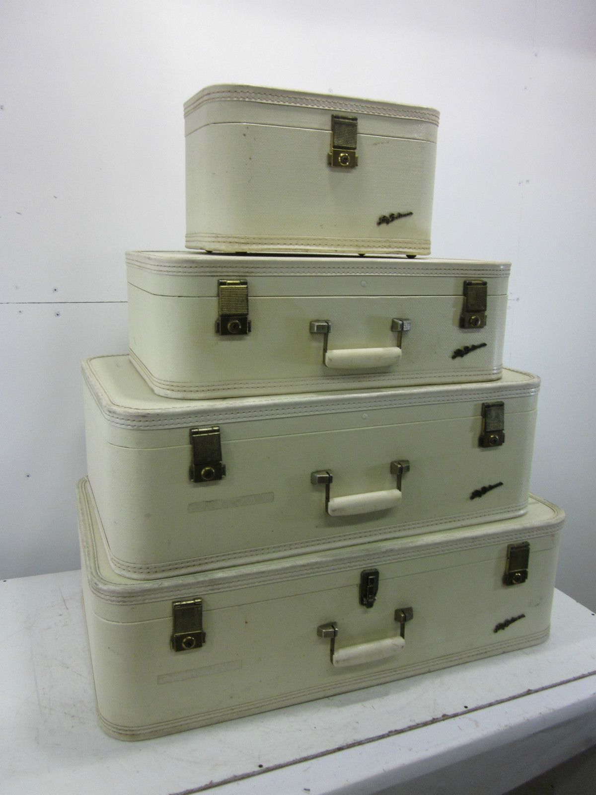 Vintage Set of 4 Cream Colored Lady Baltimore Suitcases w