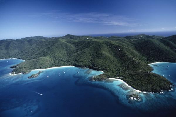 Top 25 Caribbean Snorkel Spots | CaribbeanTravelMag.com