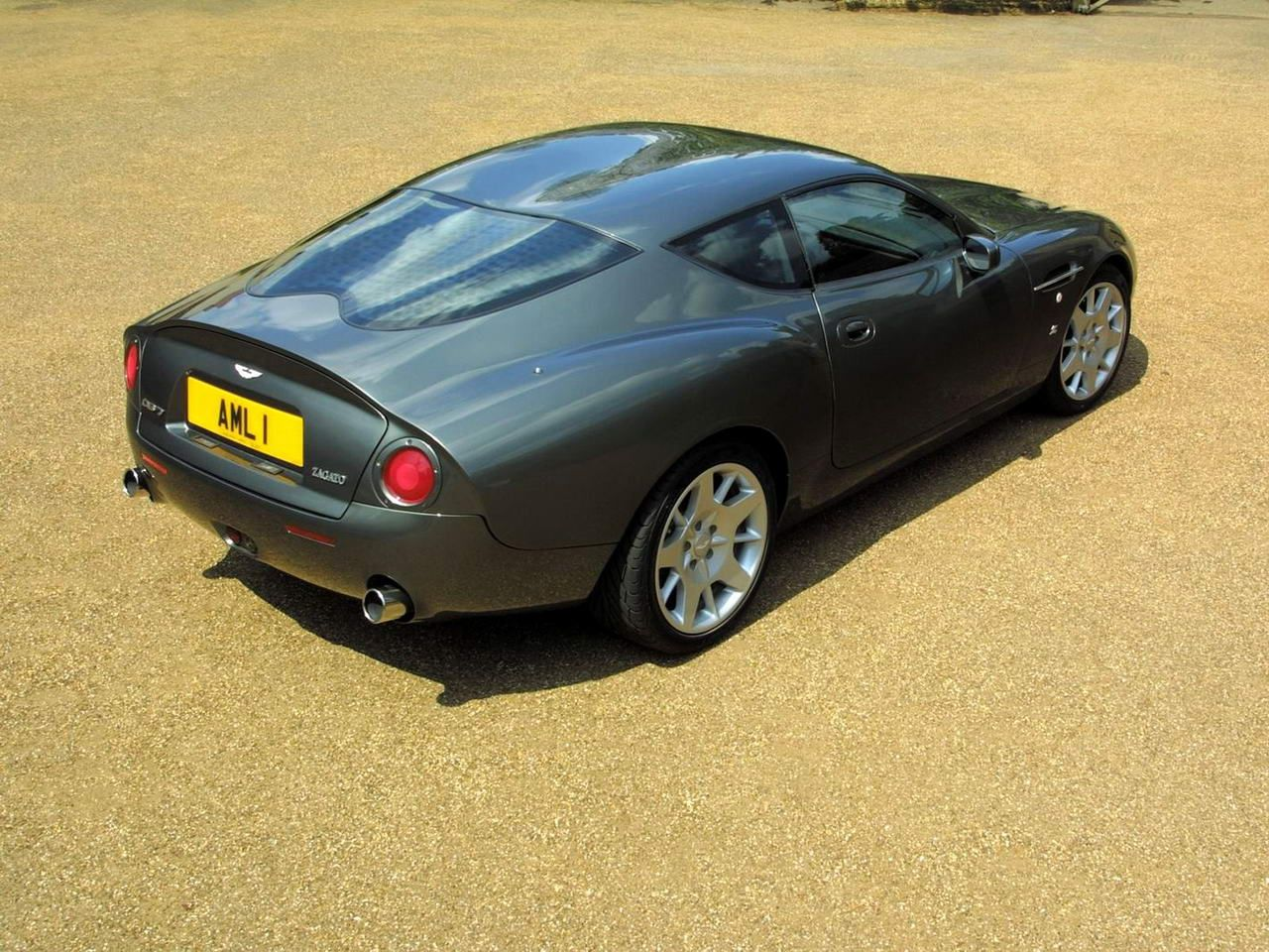 aston martin db7 zagato - just try to find it in anything, but