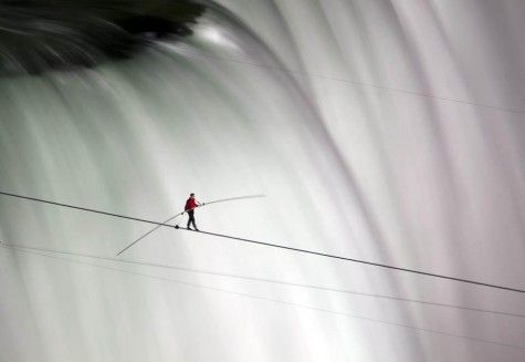 Nik Wallenda walks a tightrope across Niagara Falls