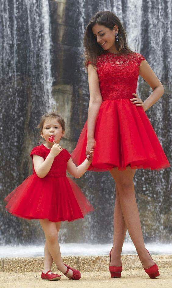 Red dress mom and girl
