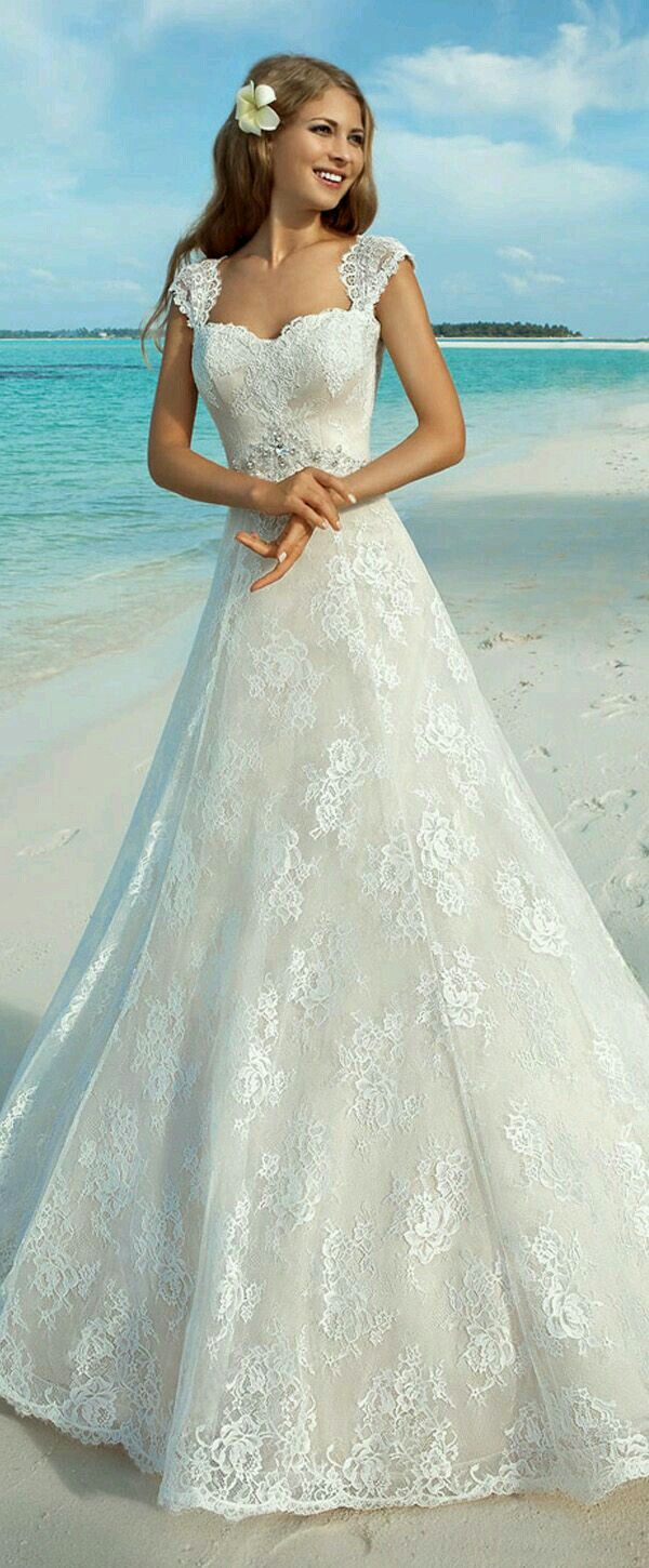 Pin by Katie Cilliers on merry dresses   Beach wedding ...