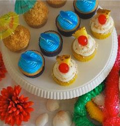 Hawaiian Luau birthday party - colourful cupcakes