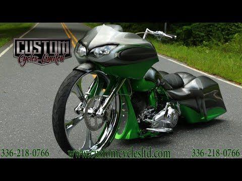 Custom Cycles LTD Andrews 30 inch wheel custom bagger road