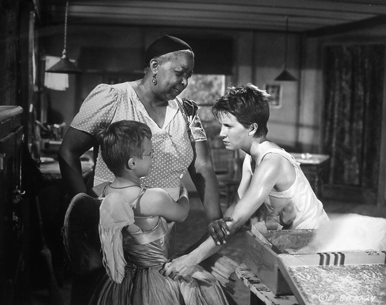 The Member Of The Wedding 1952 With Julie Harris And Ethel Waters Wedding Movies Wedding Gallery Wedding