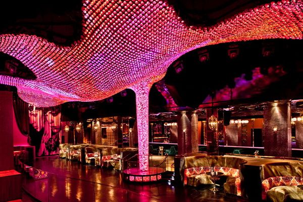 Ресторан ночные клубы клуб витязь бильярд москва