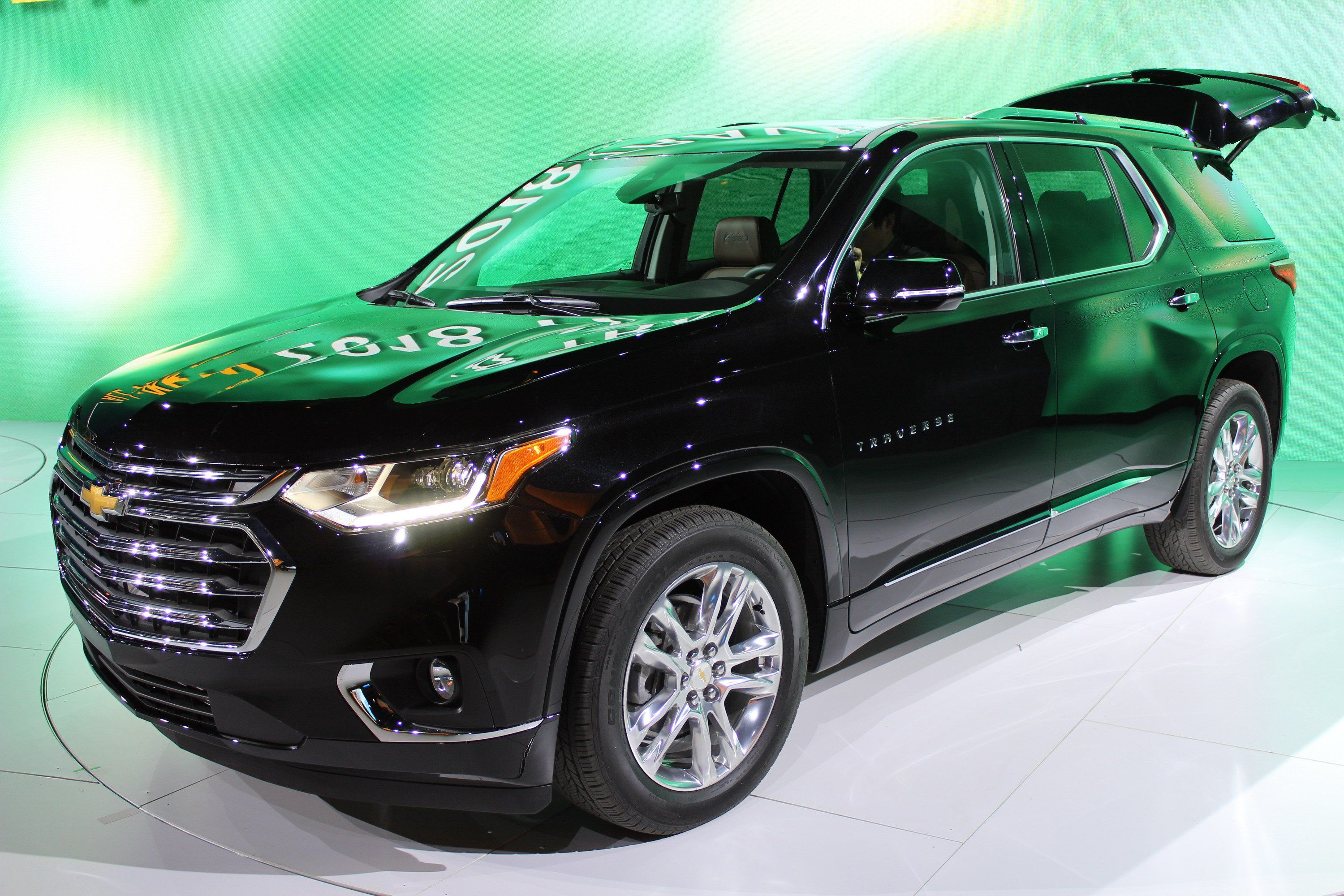2018 Chevrolet Traverse Review Top Speed Di 2020 Chevrolet Suv Mobil