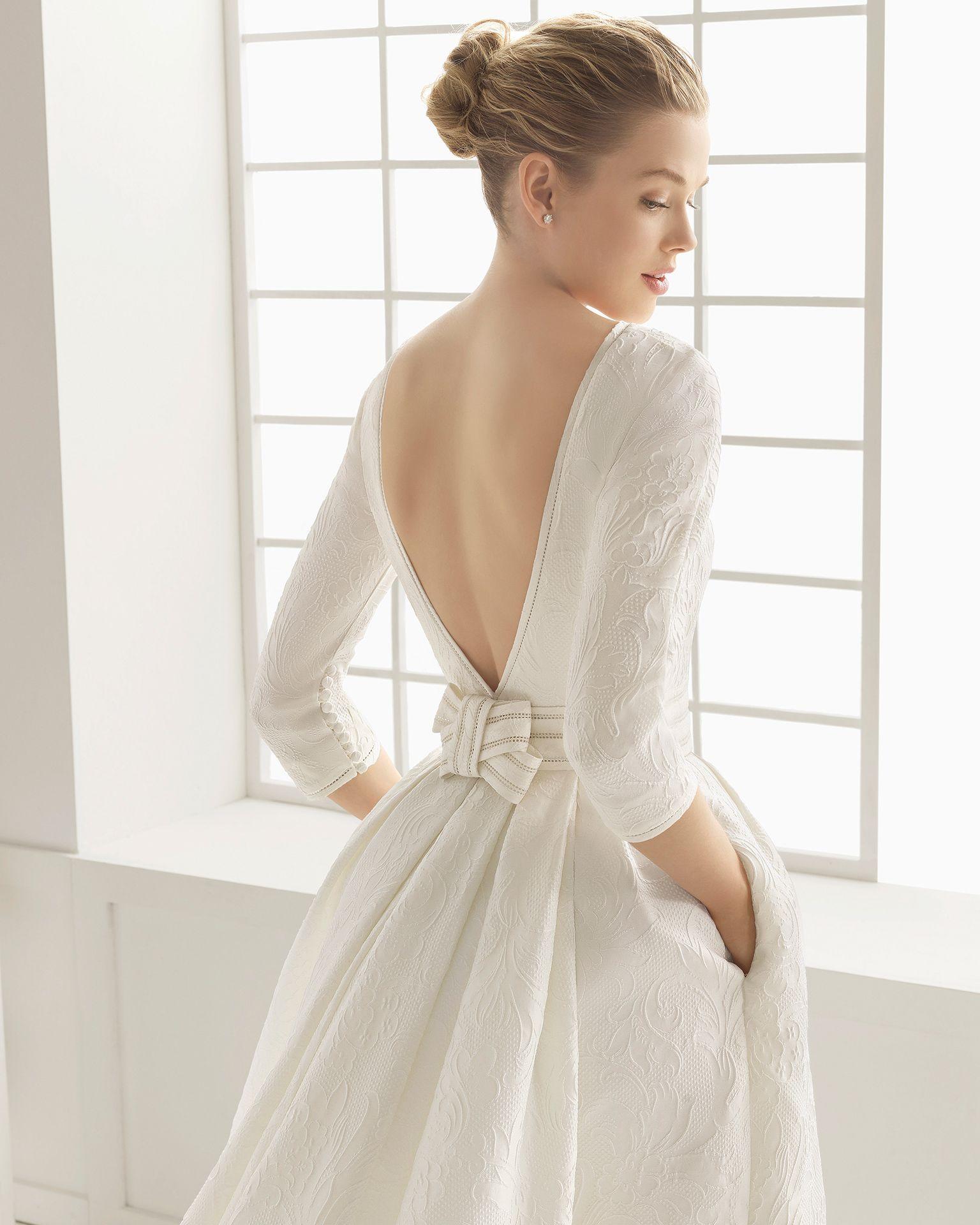 Maternity wedding dress with sleeves  Vestidos de novia y vestidos de fiesta  Rosa clara Backless gown