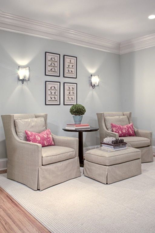 Chairs and room color for office music room