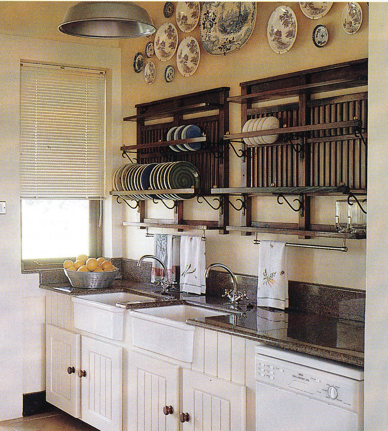 Kitchen Cabinets Zimbabwe: I Have An Obsession With Plate Racks. They Look Good, And