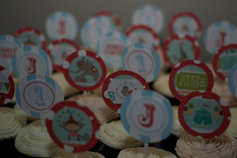 J's Cup Cakes